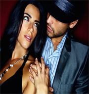Aantrekkelijke man en vrouw