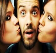 Een man met twee vrouwen.