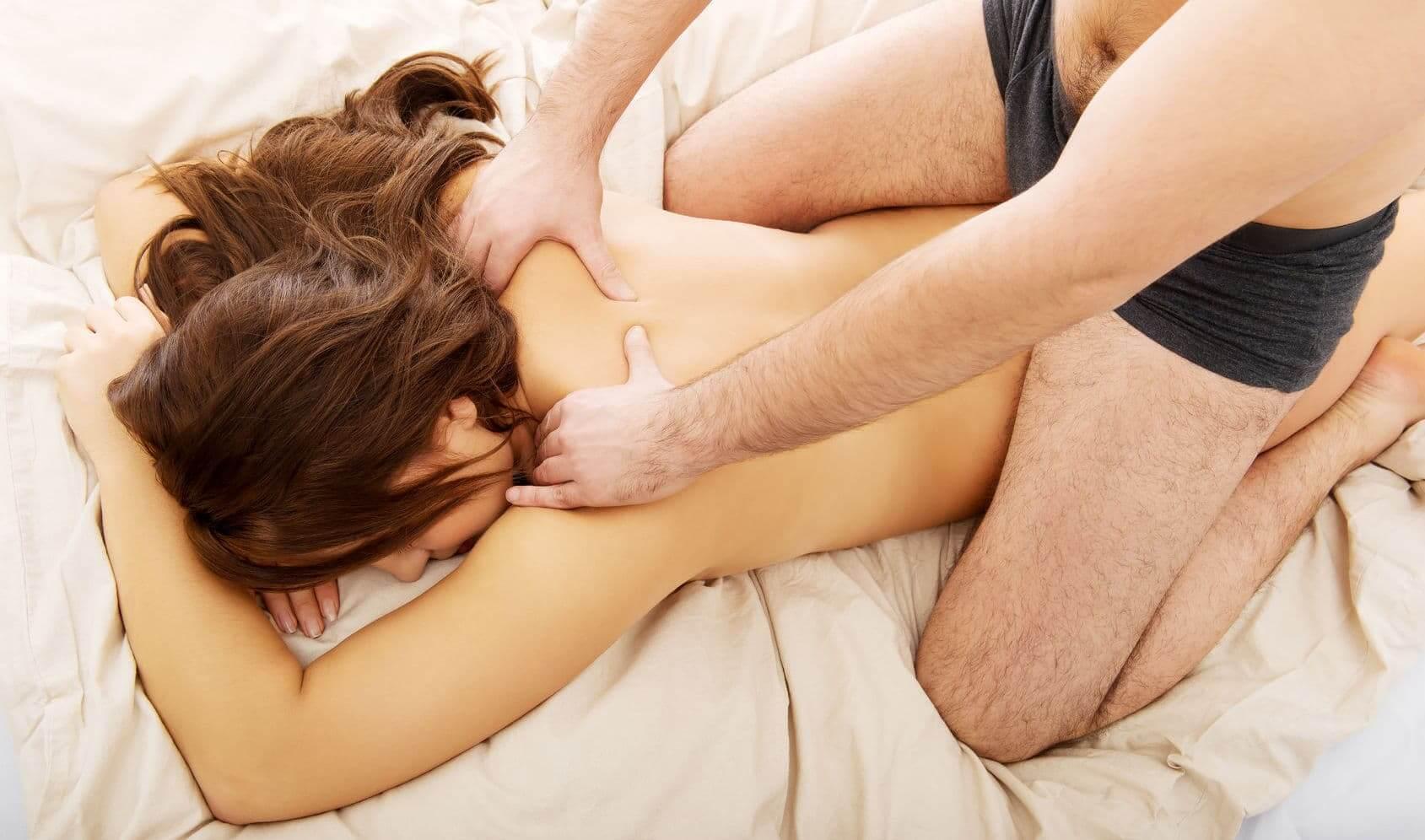 massage man vrouw foto